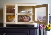 Golding gourmet cabinet